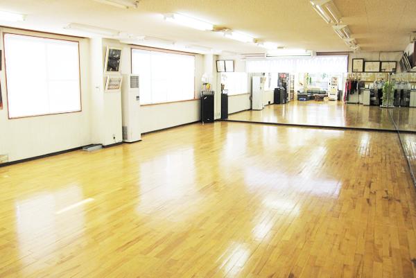 ダンススクールトザワ岩見沢教室