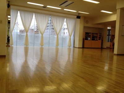 ユニバーサルダンススタジオ