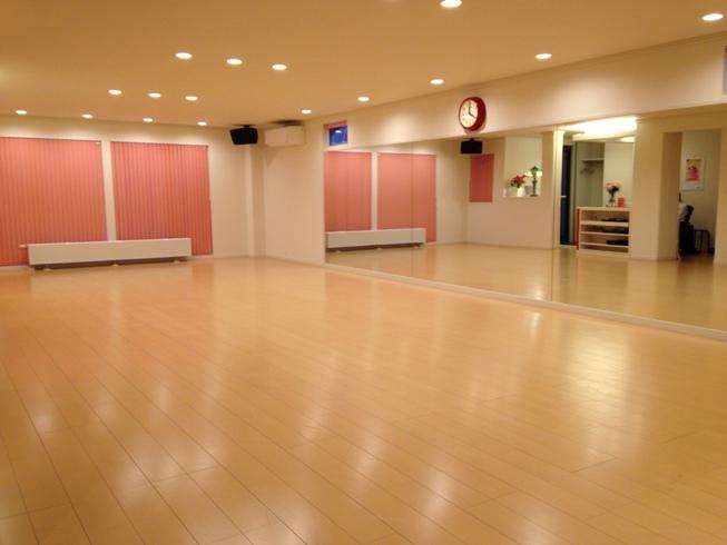 ウラタキダンスアカデミー