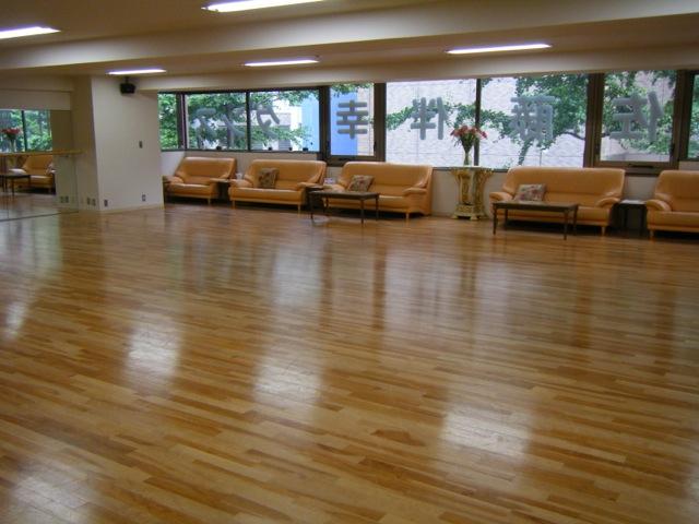 佐藤・小野・三宅ダンススクール 時計台前スクール